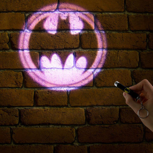 DC-Batman-Projection-Torch-Keyring-Novelty-Collectable-Kids-Gift-Camping-Gadget-391467412390